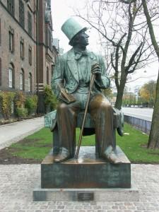 Памятник Гансу Христиану Андерсену